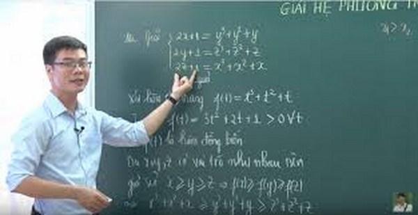 Giáo viên tận tâm