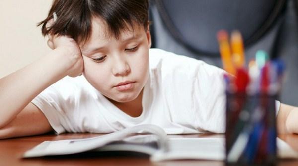 Nguyên nhân khiến bé học chậm phép cộng có nhớ