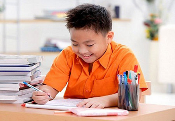 Gia Sư Hà Nội sẽ giúp trẻ vượt qua dễ dàng môn chính tả khó nhằn