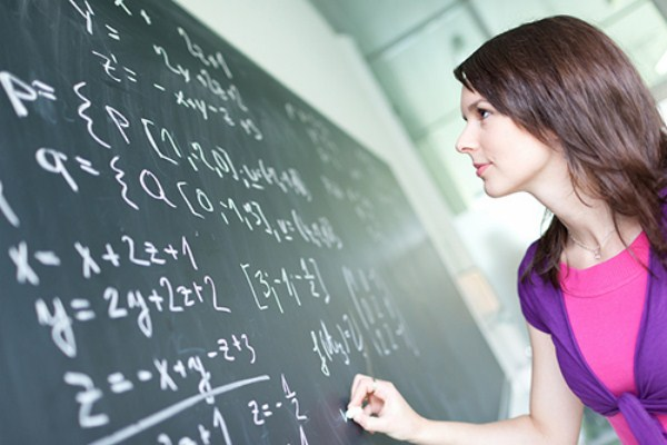 Củng cố kiến thức bằng cách luyện bài tập