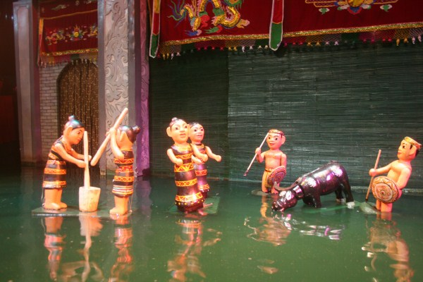 Múa rối nước là một loại hình nghệ thuật dân gian của Việt Nam từ ngàn xưa